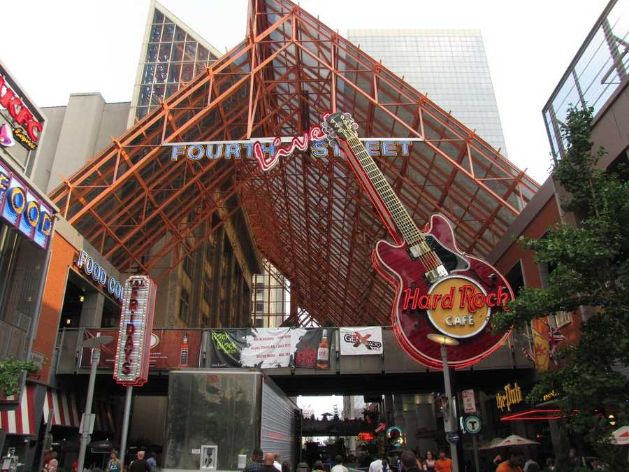 Grab a drink or bite to eat at Fourth Street Live!: Located in the heart of Downtown Louisville, Fourth Street Live! is prime for dining and entertainment.Location:400 S 4th Street Louisville, KY 40202For information, click:http://www.4thstlive.com/about