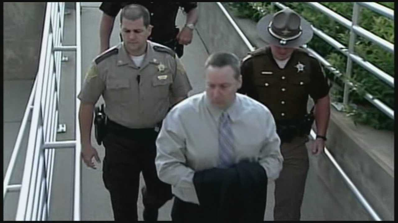 The David Camm murder trial is continuing as planned after the prosecution's request for a mistrial was denied.