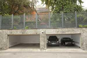 Exterior, Garage
