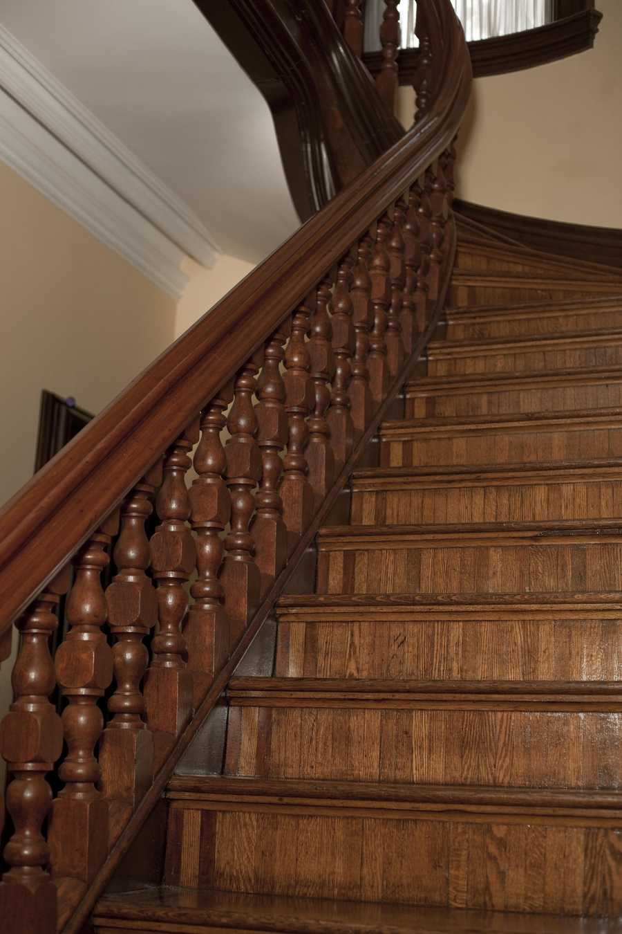 First Floor, Central Staircase
