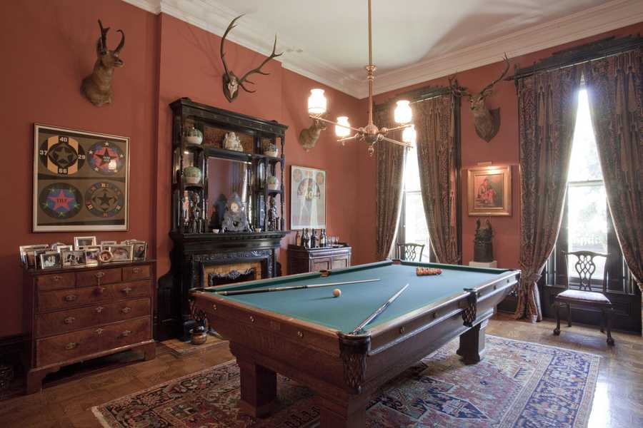 First Floor, Game Room
