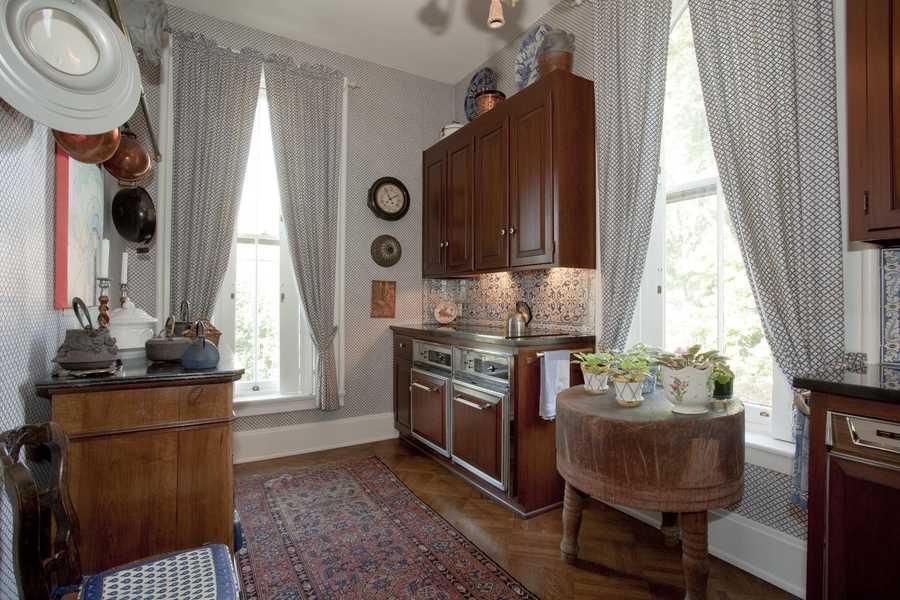 Second Floor, Guest Suite Kitchen