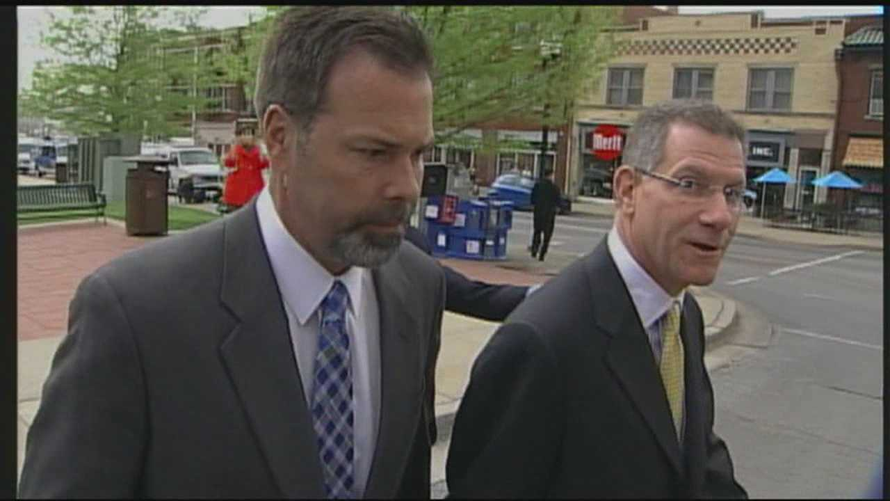 Richie Farmer reaches plea deal, could get 2 years