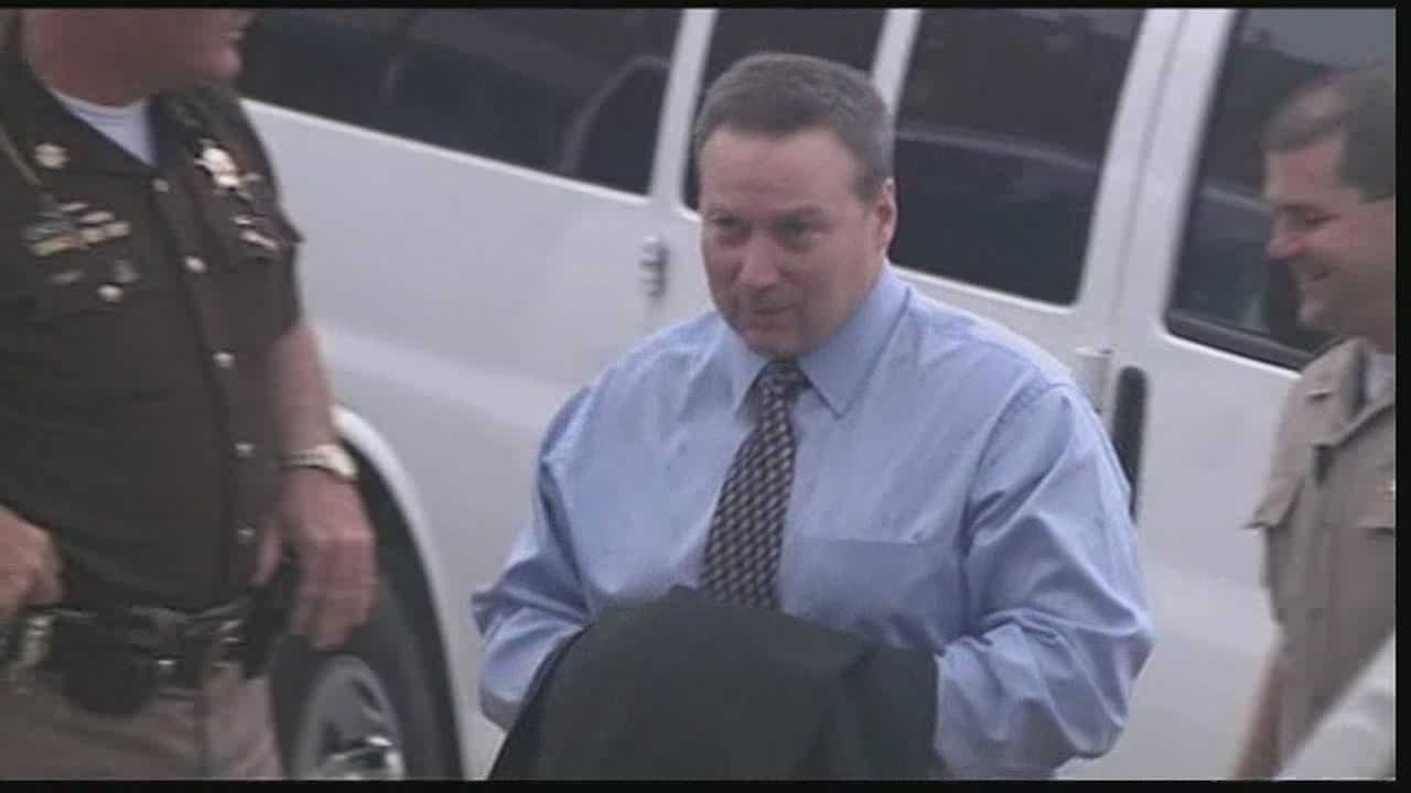 David Camm's defense will begin to call witnesses and present evidence Tuesday after the state wrapped up its case Thursday night.