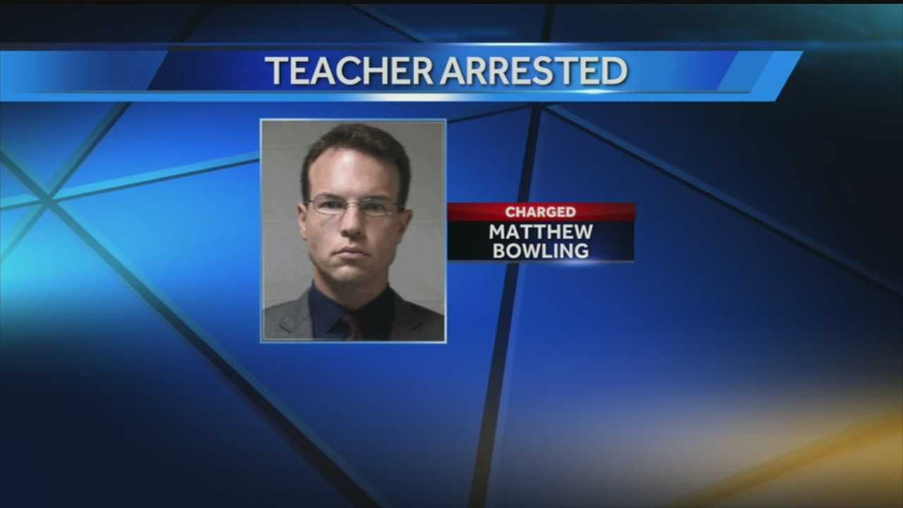 Bardstown teacher accused of having sex with student
