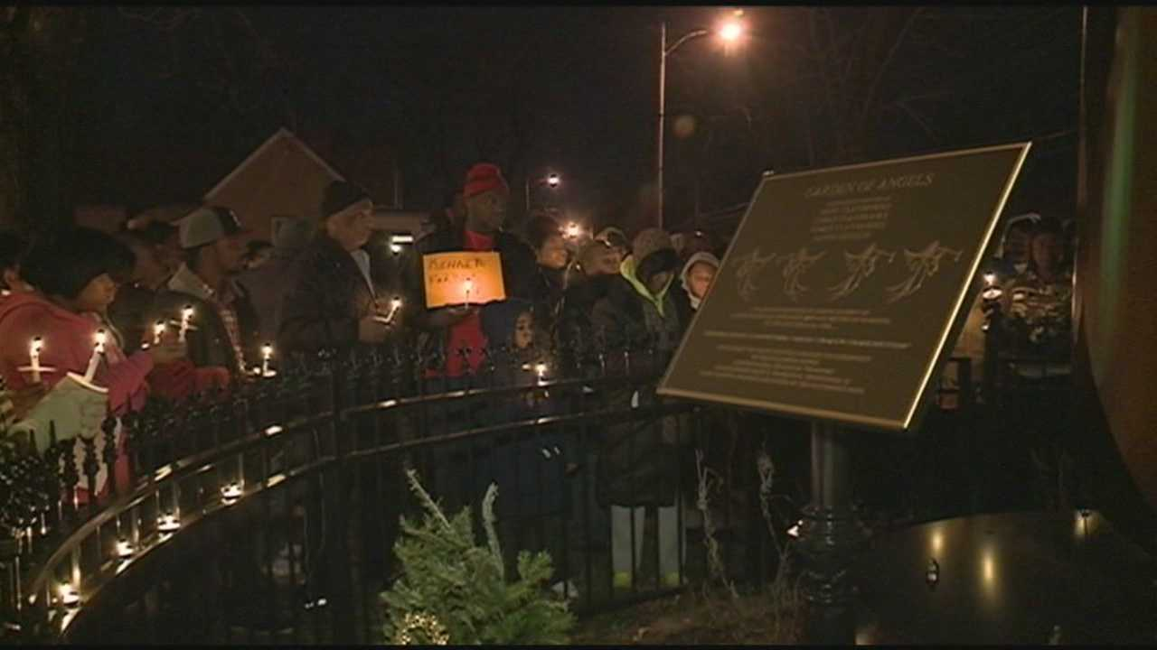 Families gather Thursday night to remember loved ones they lost to violence.