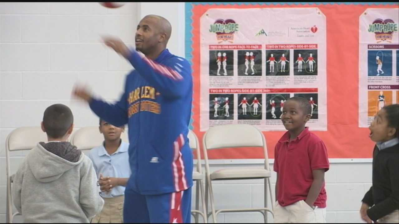 The Harlem Globetrotters are in town to show off their basketball skills, but star Dizzy Grant is also tackling the important issue of bullying.