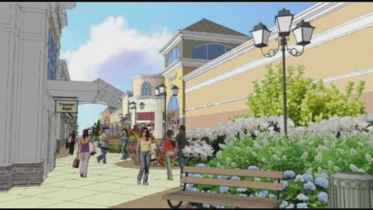 Shoppers awaiting opening of Simpsonville outlet mall