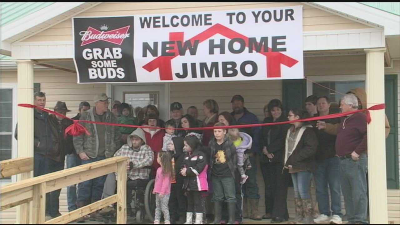 Ribbon cutting held for newly-built home of Nelson County man