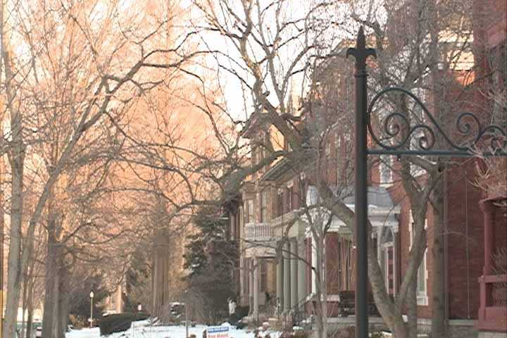 Boasting more than 48 blocks and covering roughly 1,400 Victorian homes, Old Louisville offers the largest Victorian neighborhood in America.