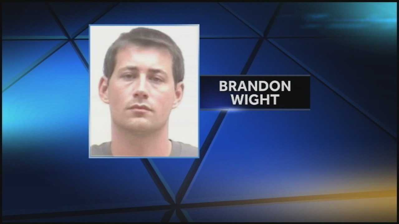 The coroner's office says Brandon Wight, 33, of Jeffersonville, was the serial robbery suspect who killed himself Saturday night after being pulled over by police.
