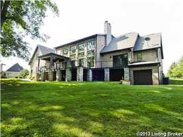 This spectacular 6,696 sq. ft. home sits on 1.25 acres in Prospect, Kentucky. For more information on this property, visit Realtor.com .