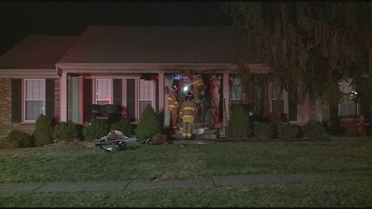 The Louisville Fire Arson Unit is investigating after a pair of overnight house fires, which fit the description of dozens of other house fires detectives believe were arson.