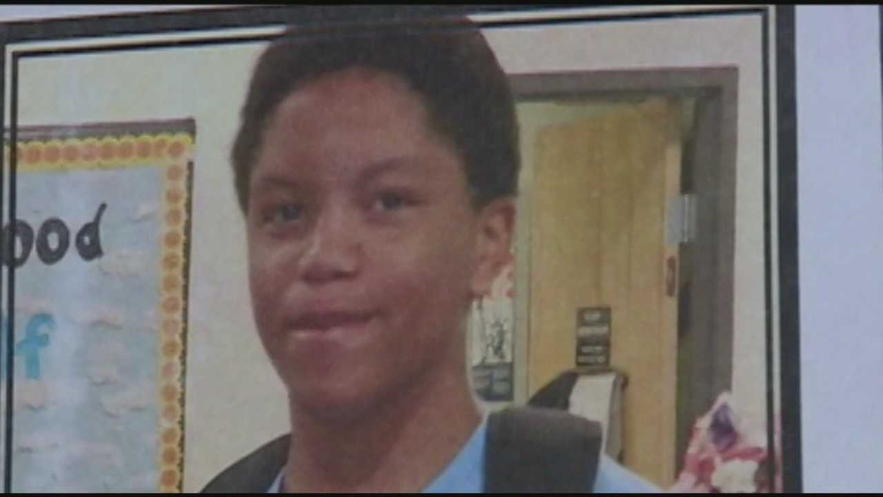 A reflection ceremony is held for a teen who died after being stabbed on a TARC bus.