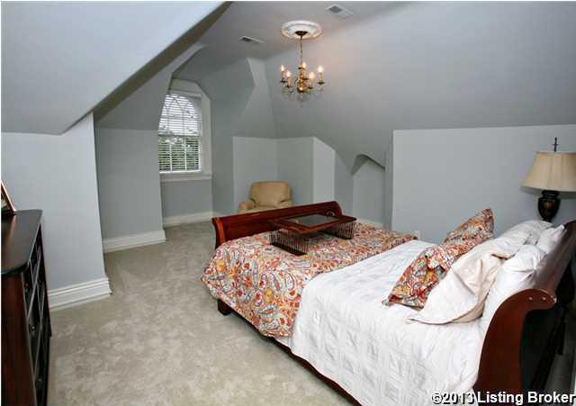 Cozy bedroom on the third floor.