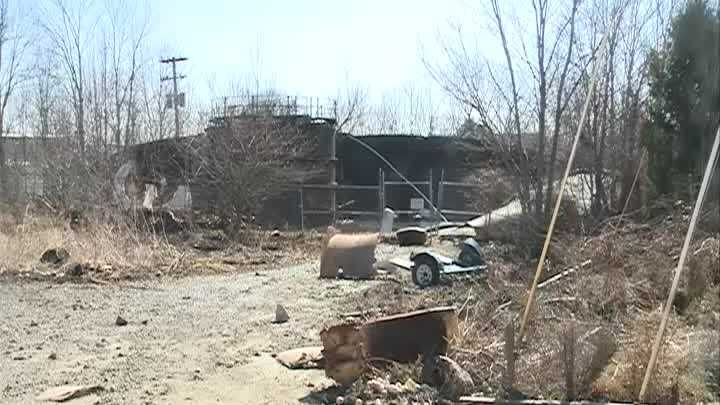 Bullitt County residents cleaning up after failure at sewage plant