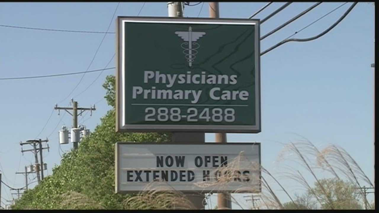 Federal agents are investigating several Physicians Primary Care office locations in southern Indiana and Kentucky.