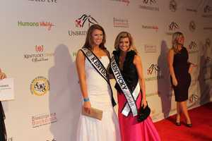 Miss Kentucky United States Katy Moody and Miss Teen Kentucky United States Bayli Boling