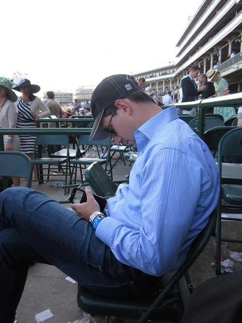 My rookie, out-of-towner track neighbor made two fatal mistakes. 1. Passed out by Derby race time. 2. Wore jeans to the Derby.