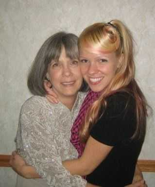 Digital editor JJ Dixon and her mom