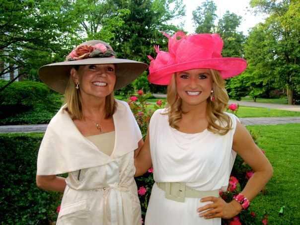 Anchor Lexy Scheen and mom