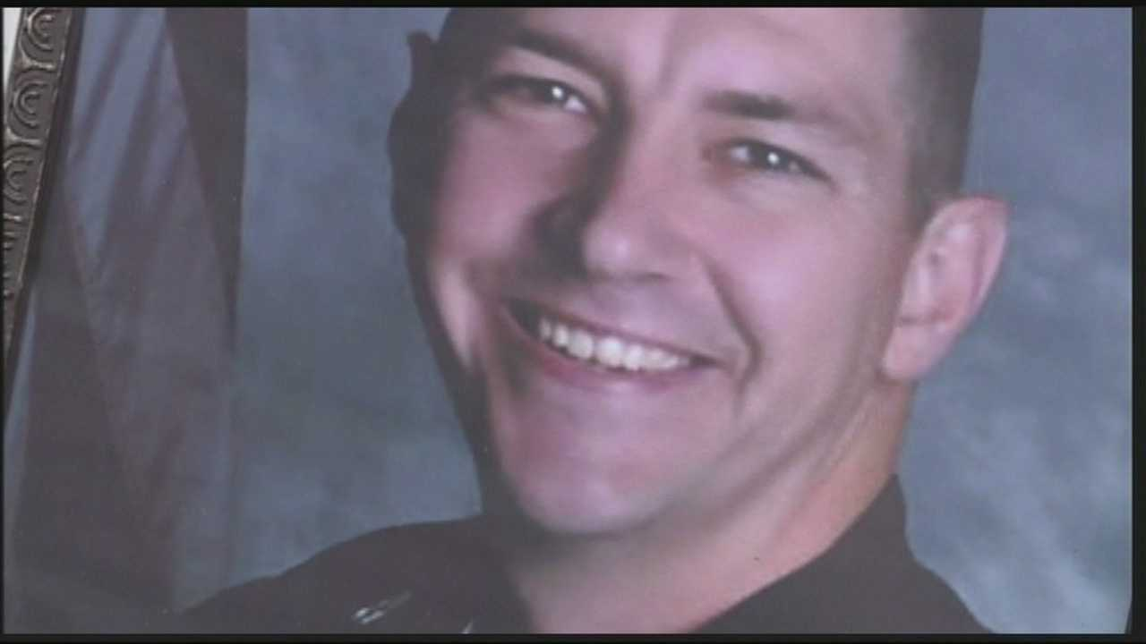 Slain Bardstown officer Jason Ellis is honored in Washington DC