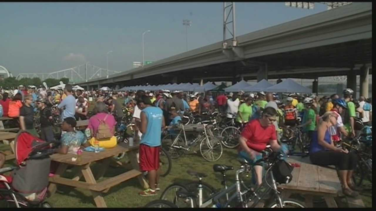 A record-breaking crowd turned out for the mayor's hike, bike and paddle event.