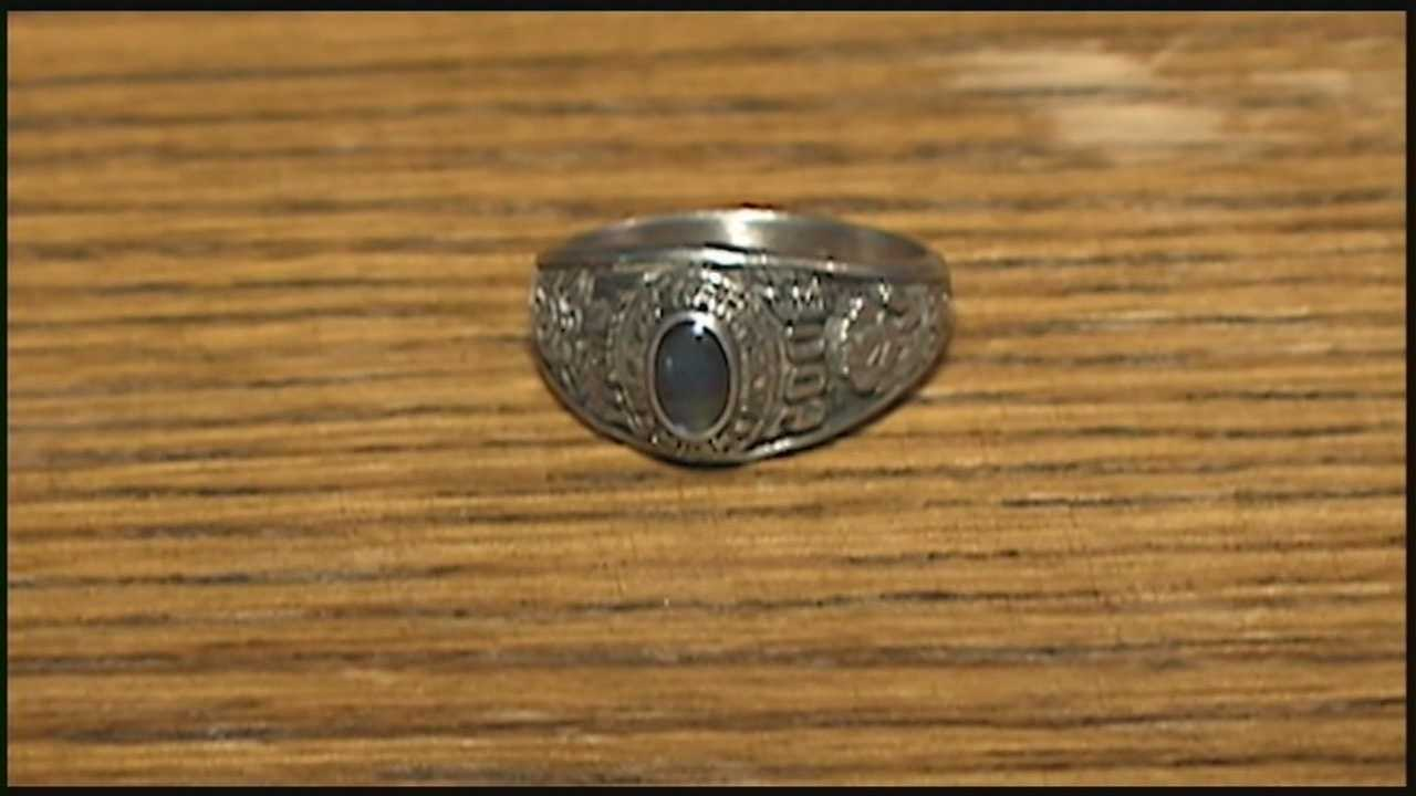 Crews working on the new Ohio River bridges discover a class ring lost eight years ago.