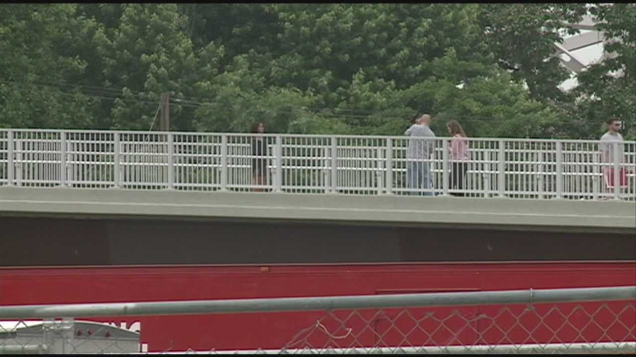 Jeffersonville police hope to add more officers to handle Big Four Bridge traffic