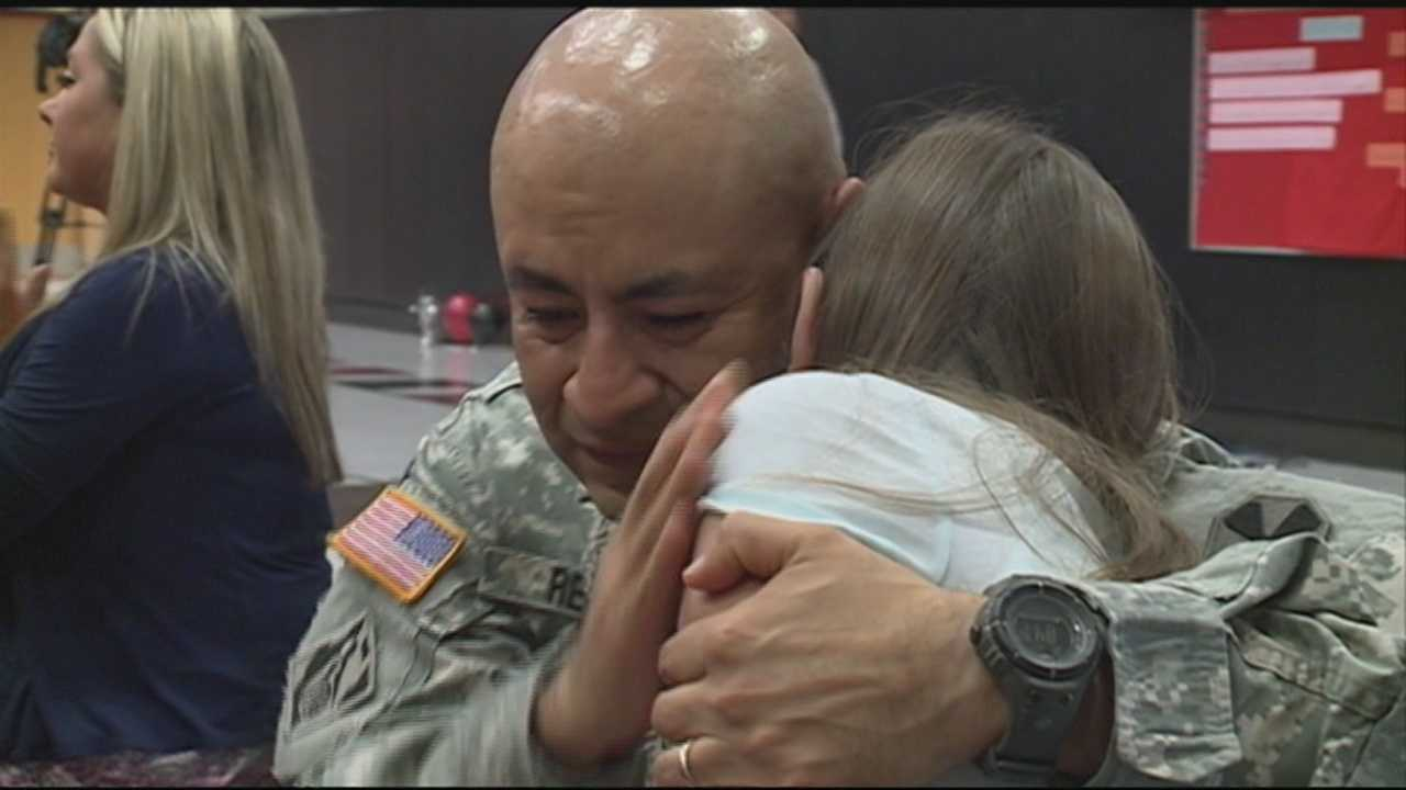 A Heartland Elementary School student got a huge surprise Wednesday when her soldier dad returned to Hardin County from Korea early to keep his promise to attend her graduation.