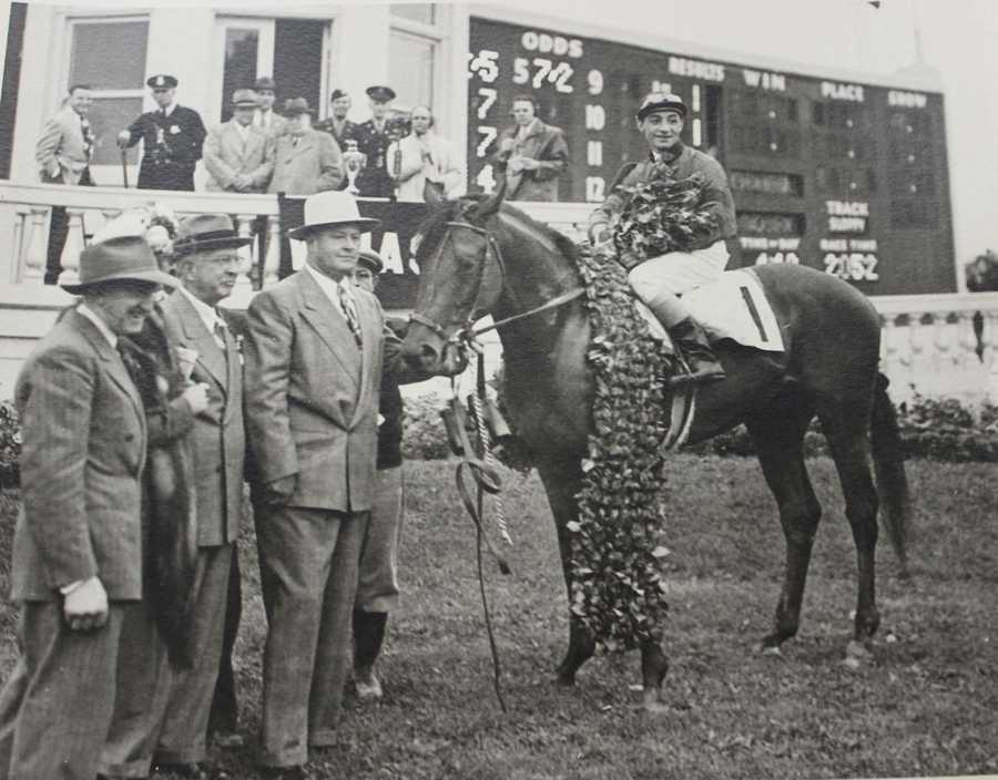 Citation (1948)Jockey: Eddie Arcaro