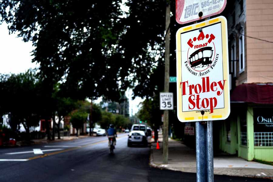 Republic Bank First Friday Trolley Hop - Feeling adventurous? Take your date on the Trolley Hop! It's part art show, part tourist attraction and part street party, all celebrating Louisville! Click here for more information