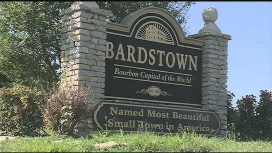 10. Take a drive to BardstownBardstown has been names the 'Most Beautiful Small Town in America' by the Best of the Road Competition sponsored by USA Today. Spend an inexpensive day exploring downtown and top it off with a carriage ride from Around the Town Carriage (prices vary).