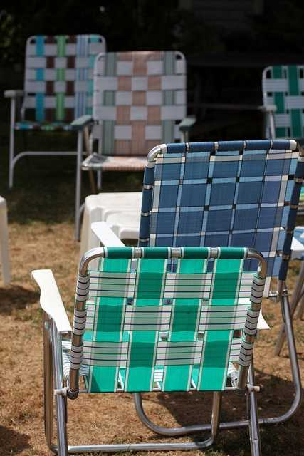 DO NOT bring lawn chairs to Forecastle. This rule gives you even more of a reason to just dance your heart out! Save the chairs for the whole next week while you're recovering.