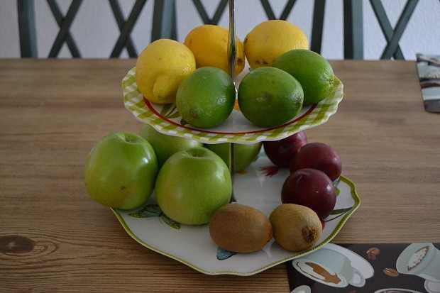 6. MacGyver Moment: rigging a dessert tray to hold fruit. How very Pinterest of you.