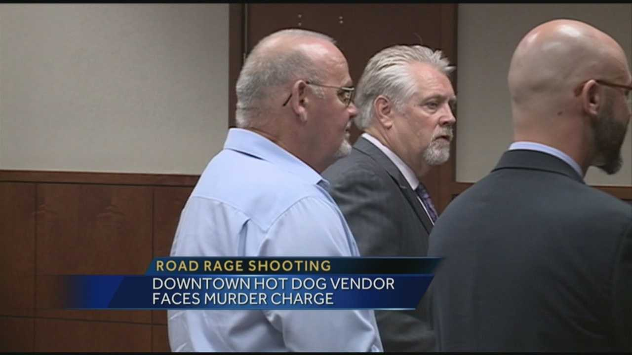 Hot dog vendor pleads not guilty in road rage slaying case
