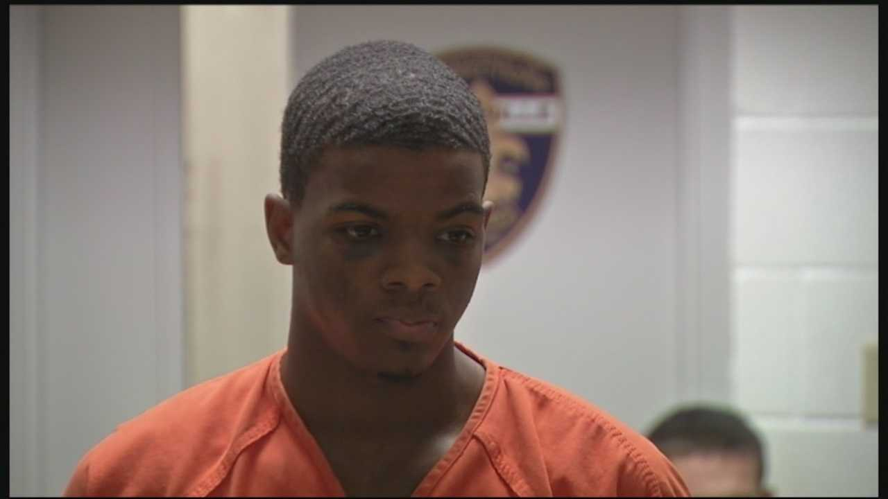 Domonic Sanders: Charged in a string of robberies in Jefferson and Oldham counties.  (READ MORE)