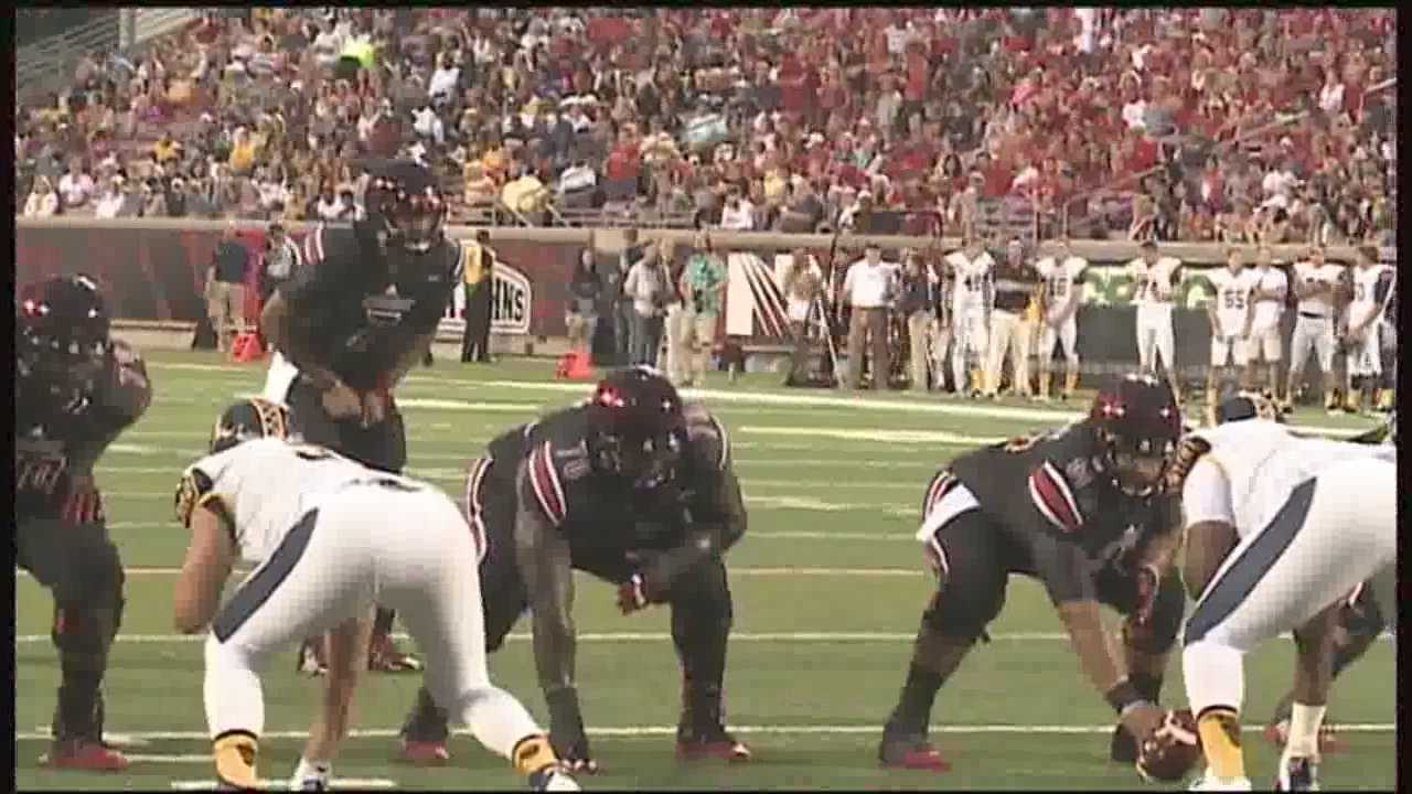 The Louisville Cardinals roll over Murray State 66-21 Saturday night.