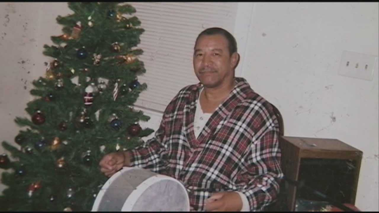 A Jeffersonville, Indiana, family says they're still waiting for leads after a beloved father was hit on his bike and dragged several yards leading to his death.