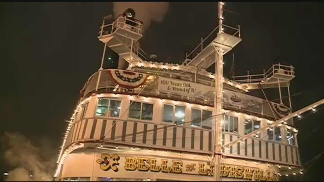 Cards celebrate homecoming on the Belle of Louisville
