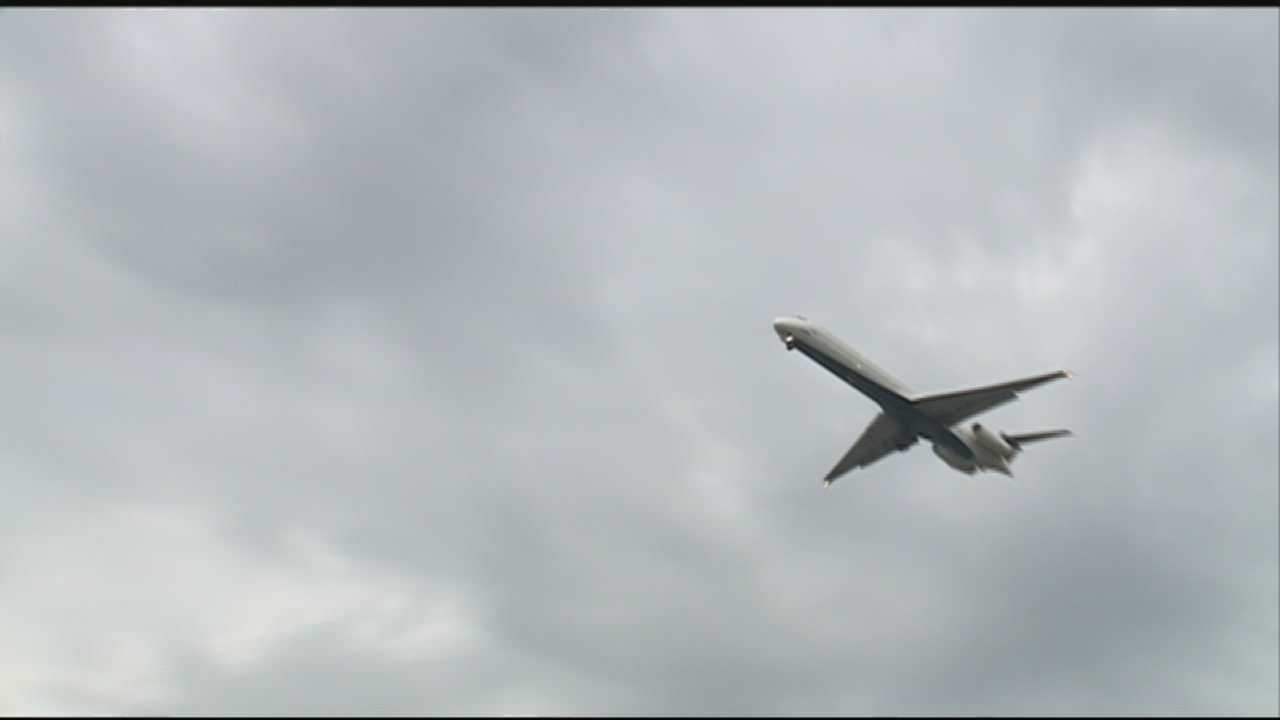A lawmaker wants to cut down on airport noise for residents in the area.