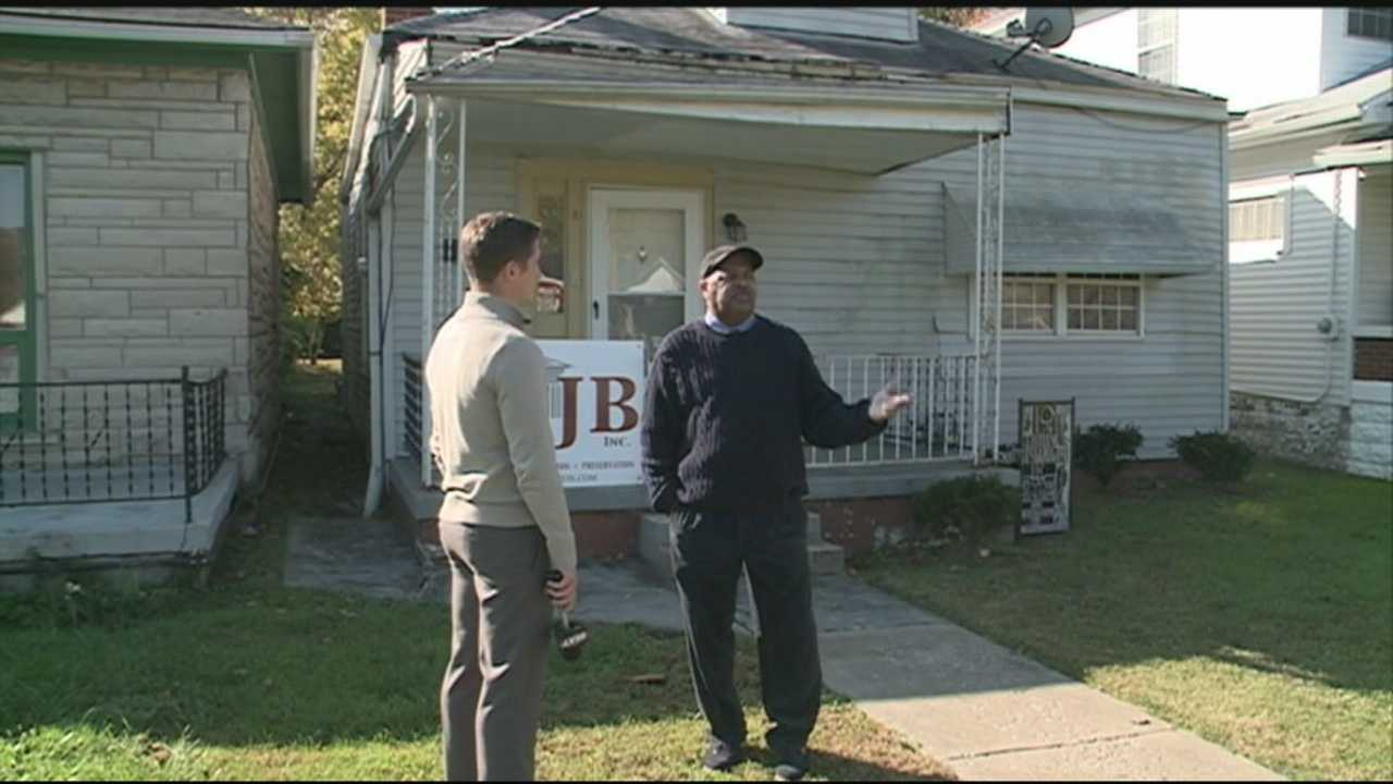 A man is working to restore Muhammad Ali's boyhood home.