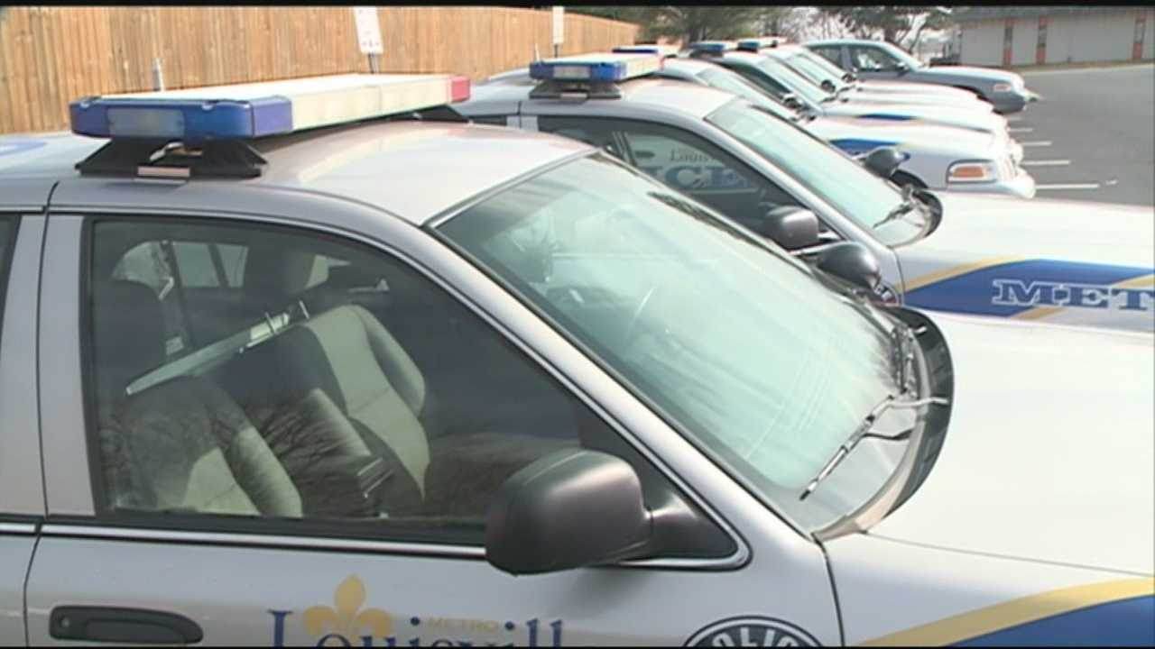 Louisville police are seeing an increase in east end burglaries with a specific MO.