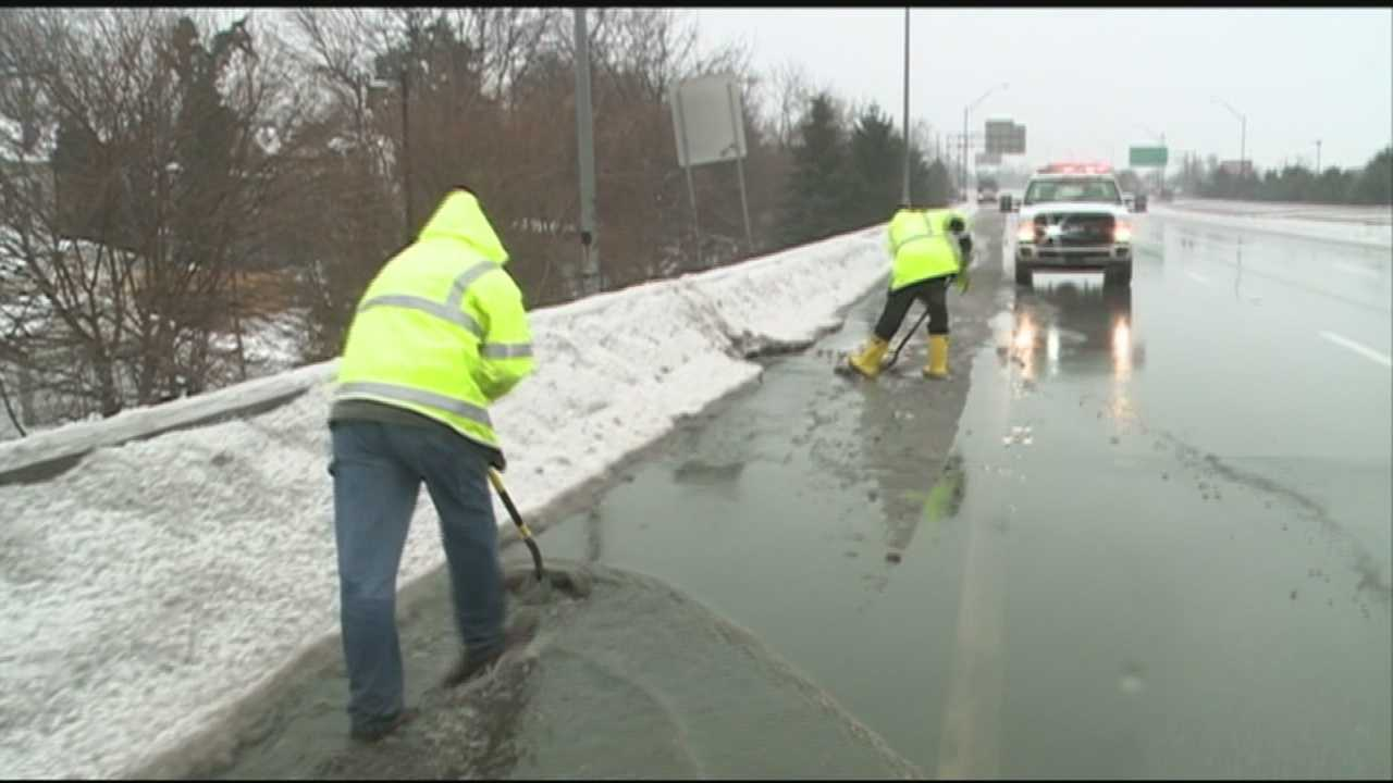 After a wintry, messy mix moved into our area, flooding and poor drainage becomes more of a concern. Crews are working around the clock to keep drains clear.
