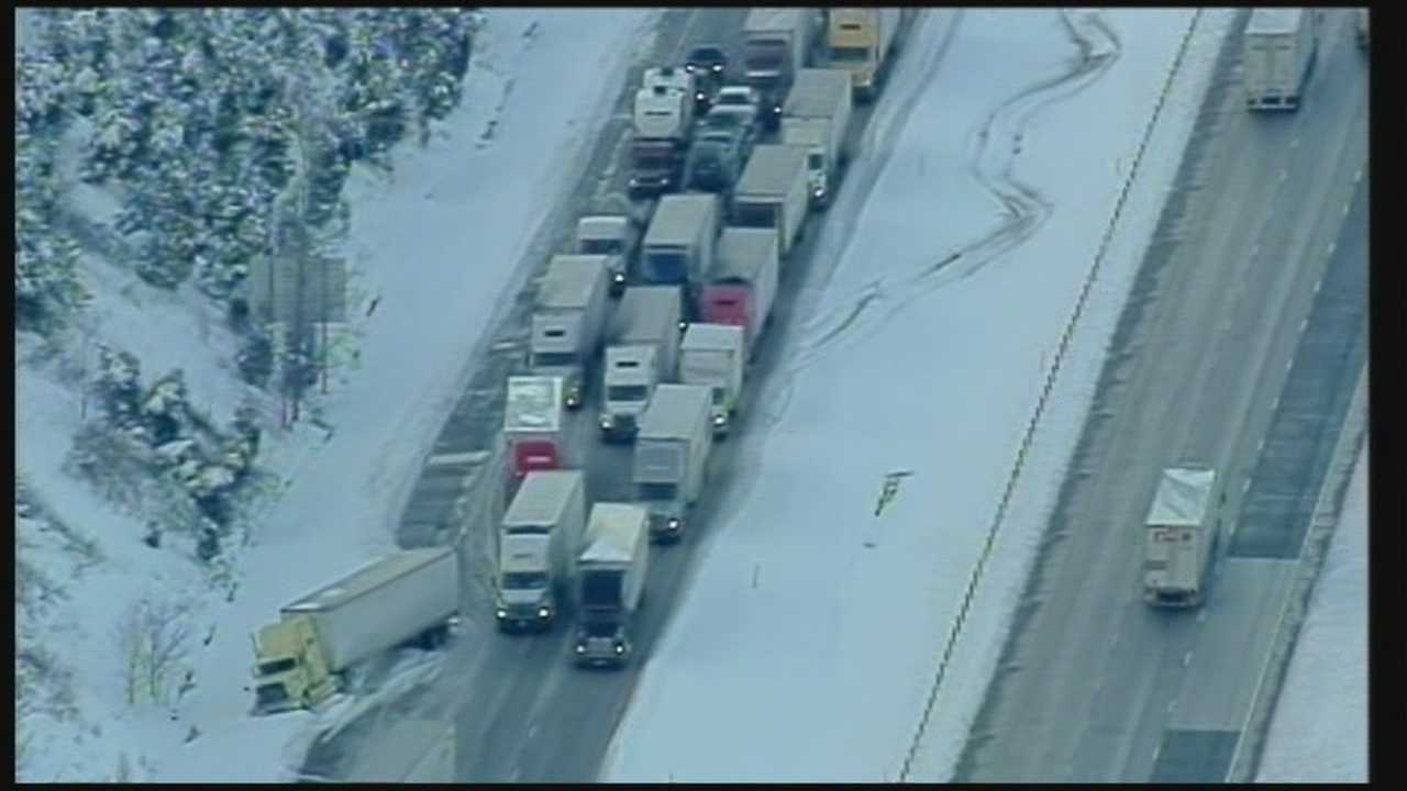 Traffic moving slowly along parts of I-65 in Hardin County