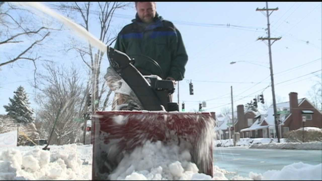 Many people are helping others during winter weather