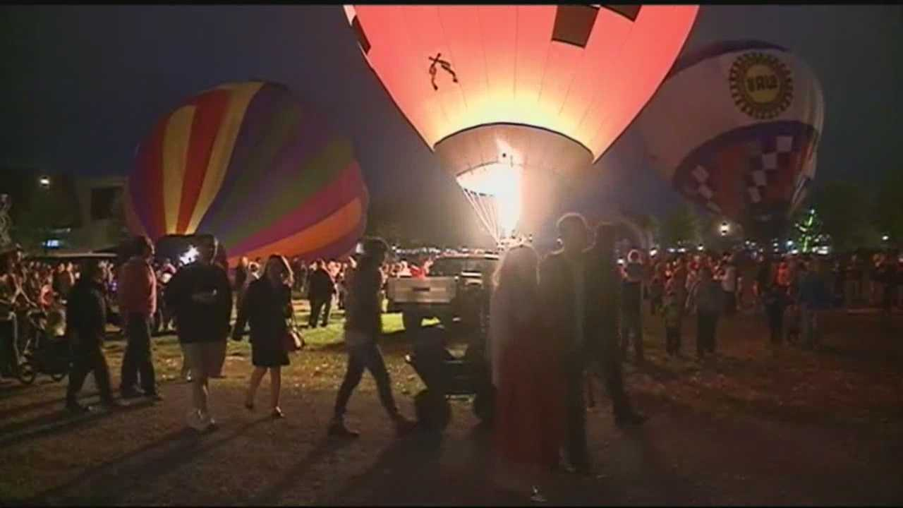 Thousands show up for Balloon Glow in final event of 2015