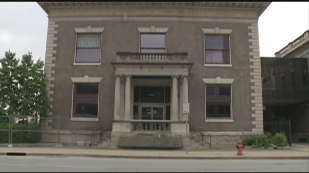 Mayor Fischer announces plan to save historic downtown building