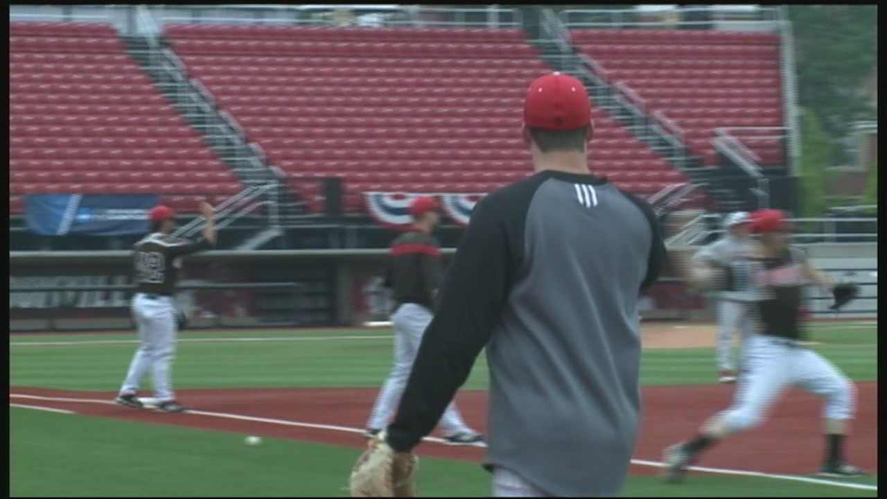 The schedule is set for No. 3 seeded University of Louisville Cardinals baseball team's attempt to reach the College World Series for the third straight year.