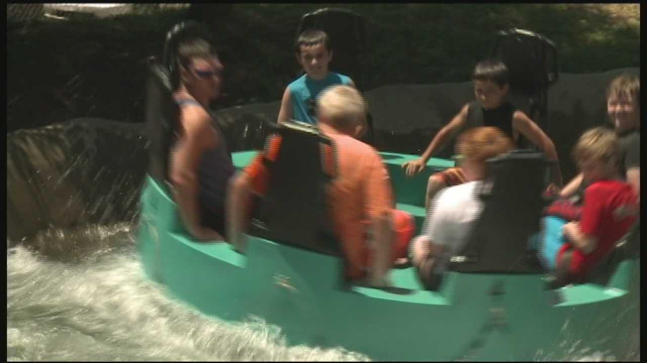 Kentucky Kingdom brings back Rapid River ride